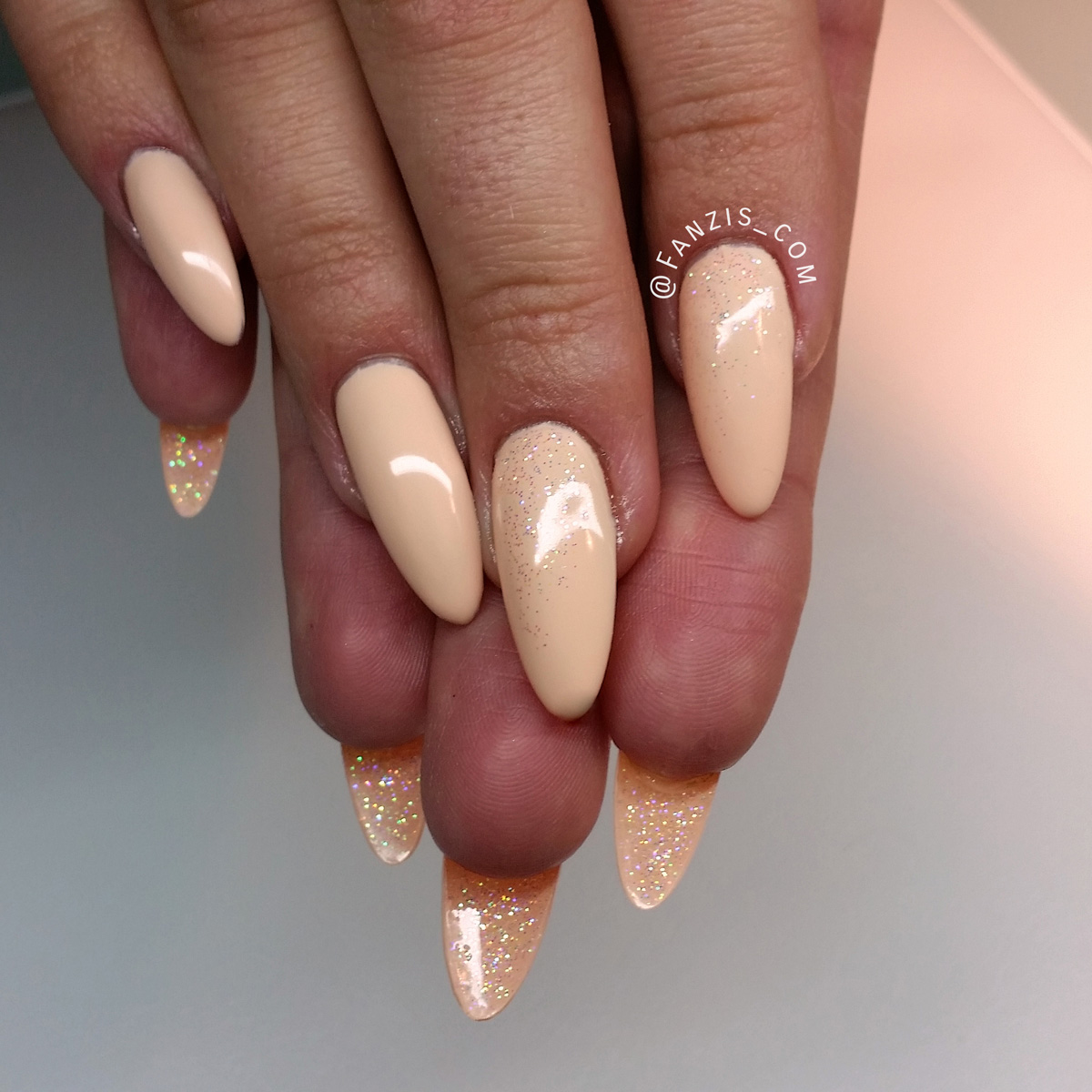 Nail Art Tutorial: Nude and Glitter Louboutin Nails